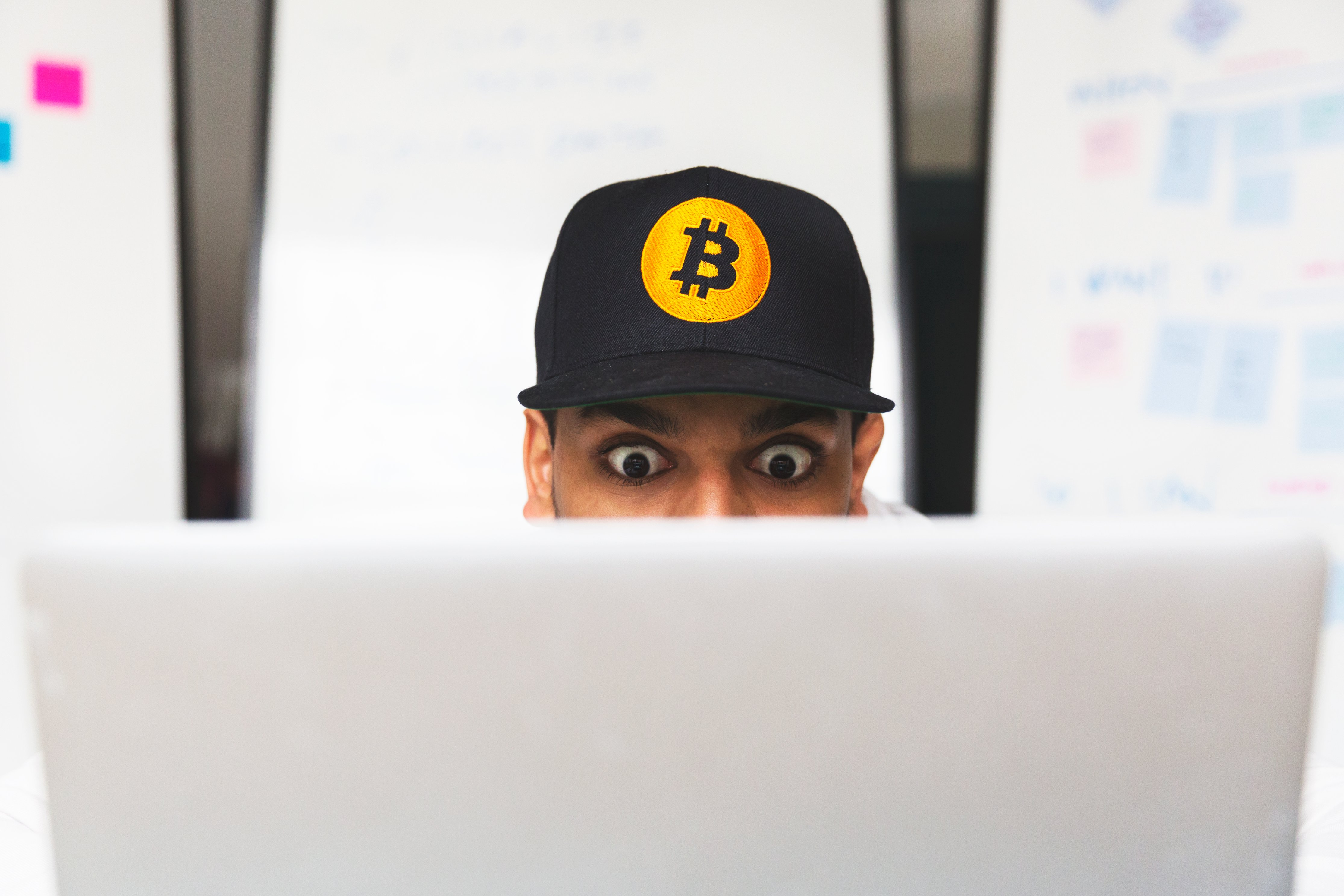 shocked-bitcoin-investor-on-laptop_4460x4460